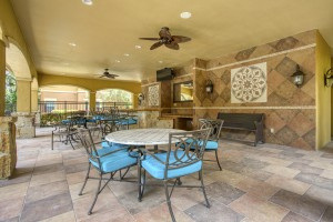Three Bedroom Apartments in San Antonio, TX - Outdoor Covered Dining & Gathering Area