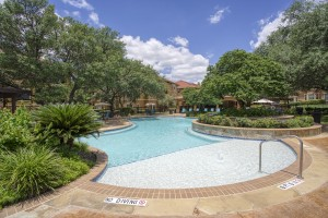 Three Bedroom Apartments in San Antonio, TX - Pool