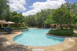 Three Bedroom Apartments in San Antonio, TX - Pool (2)